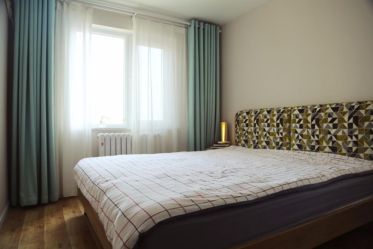 北欧卧室吊顶实景图