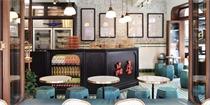 伦敦开了一家茶餐厅,灵感源自王家卫电影的金雀餐厅